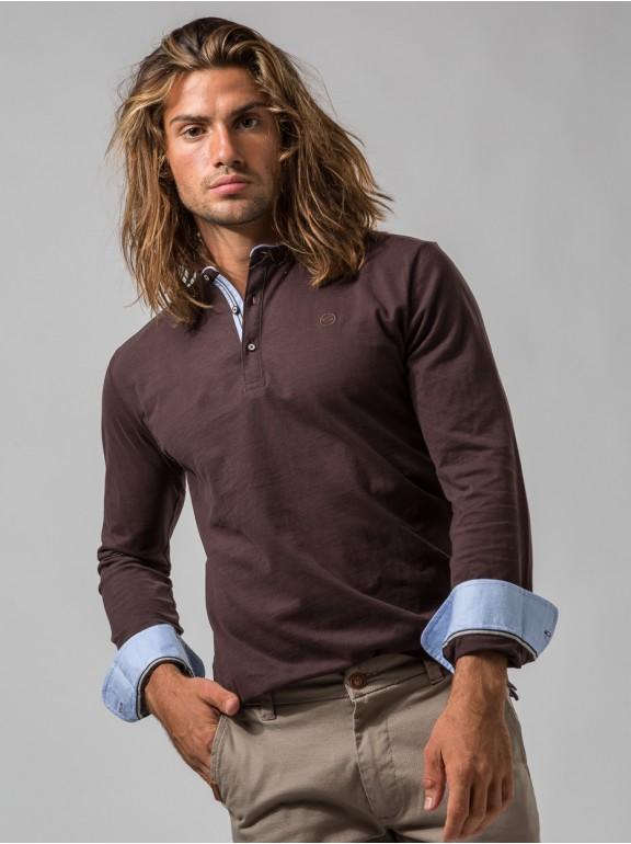 Camiseta de botões de manga...