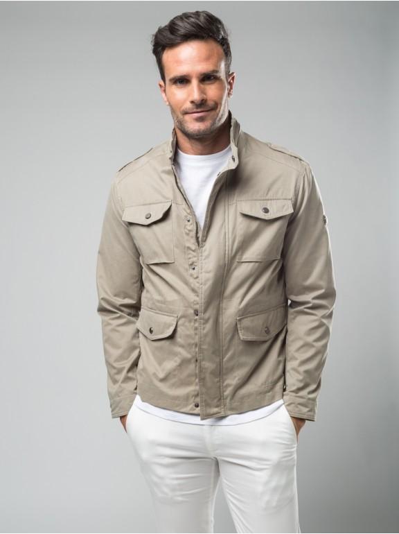 Casual jacket pockets