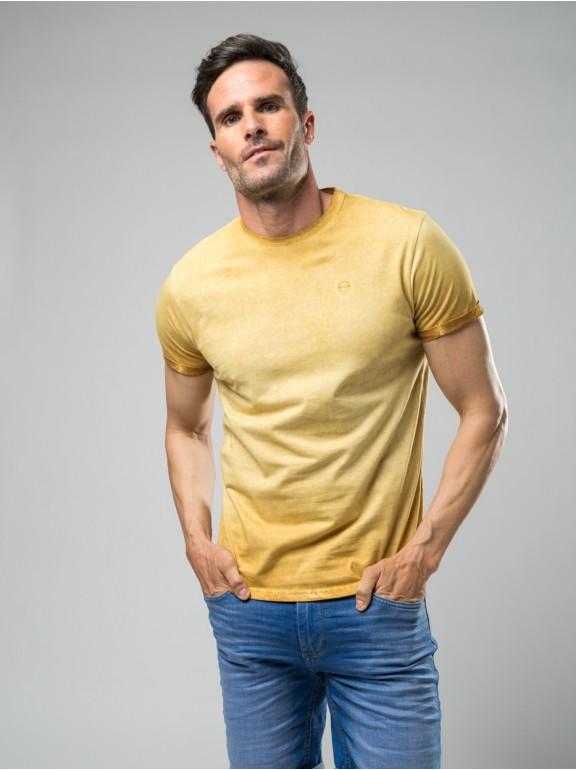 Camiseta delavada