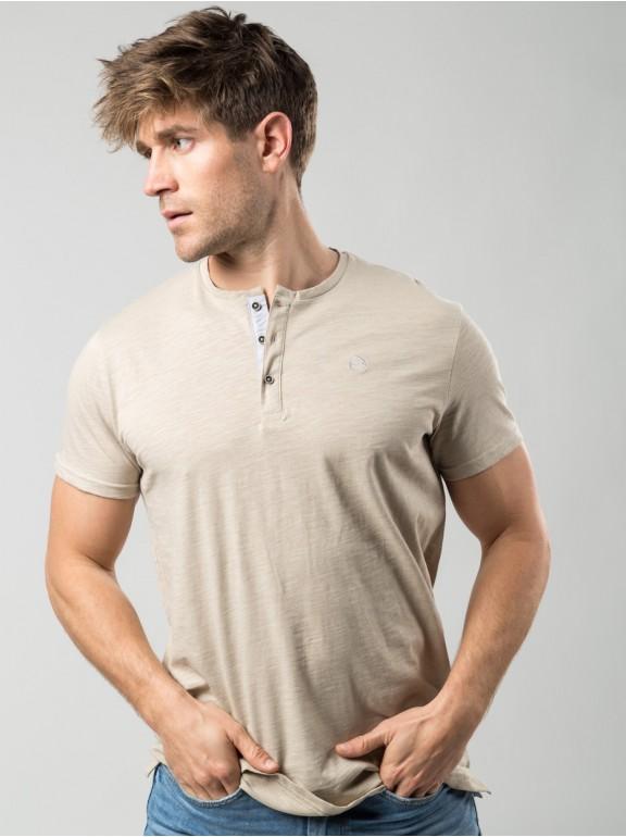 Baker's collar t-shirt